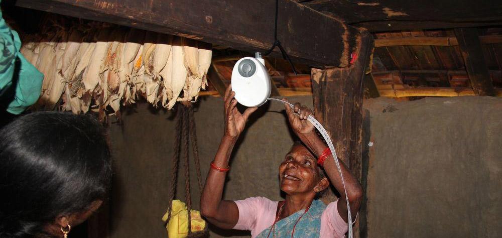 Afrika, es werde Licht: Schwerkraft statt giftiges Kerosin